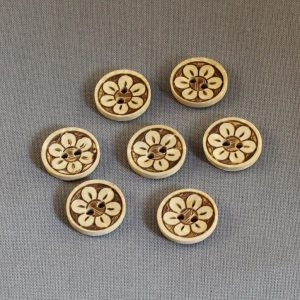 tiny-wooden-buttons