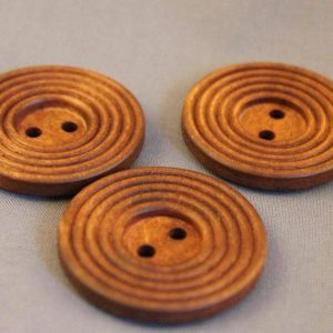 wooden-hole-buttons