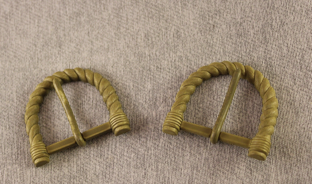 Buckle D Shape Rope Effect plastic buckle sold in pairs 40mm x 32mm
